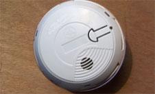 detecteur c0 monoxyde carbone fumee incendie